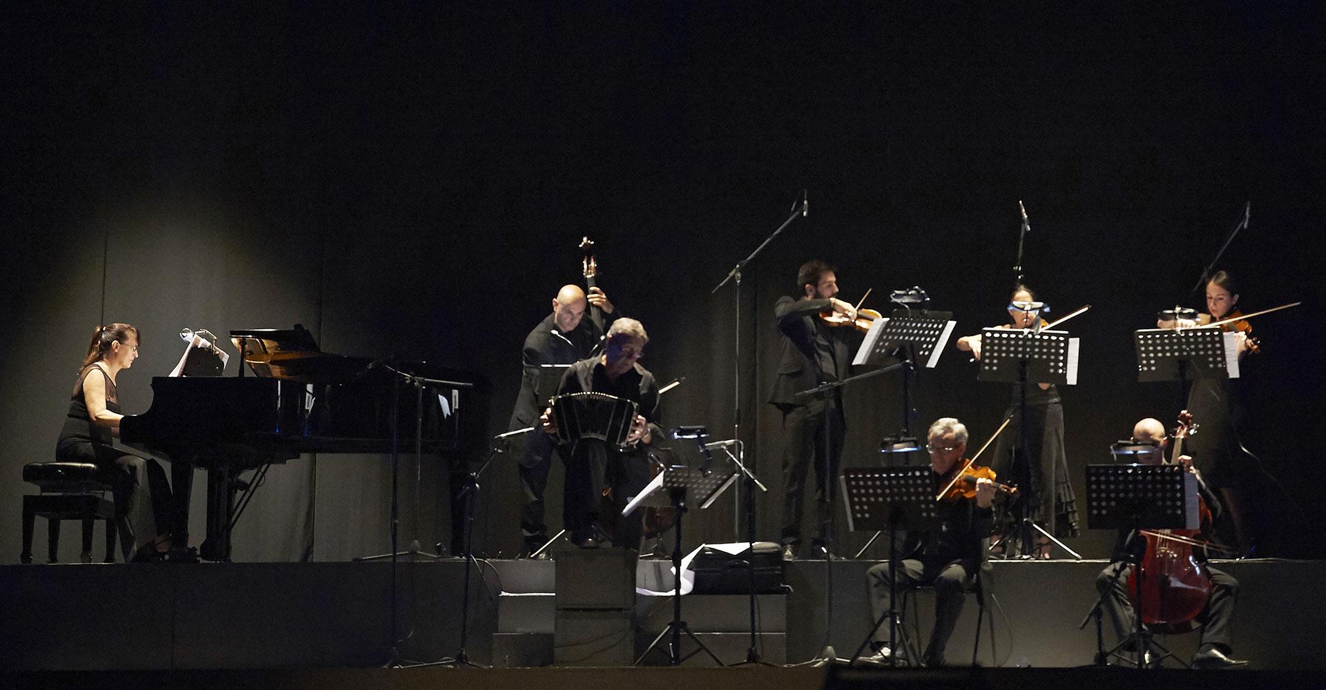 8.slide-tango-2